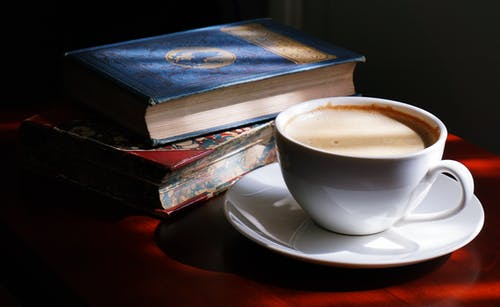 Cara Membuat Judul Buku yang Menjual